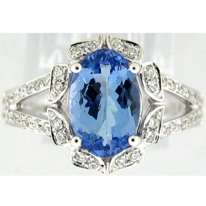 4.00Ctw Tanzanite and Diamonds Ladies Ring