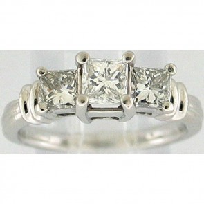 1.10Ctw Ladies Three Stone Dimaond Ring