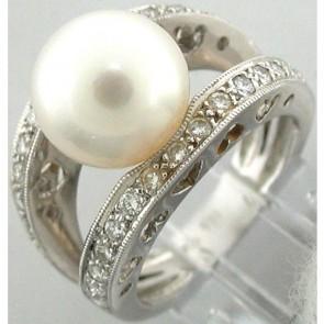 White Pearl and Diamonds Ladies Ring