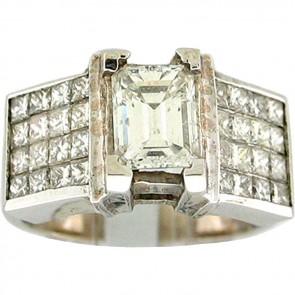 2.70Ctw Ladies Engagement Diamond Ring