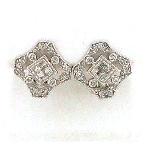 0.60ct Ladies Diamond Earrings 14K