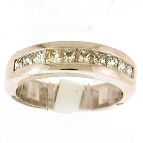 0.70ct Ladies Diamond Band