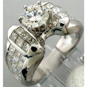 4.05Ctw Ladies Engagement Diamond Ring 18K